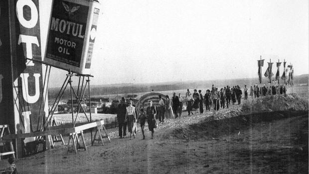 BLOG: MM Artigos Imperdíveis - A origem de óleo de motor e história das corridas - de Gaz Boulanger para Cycle World...