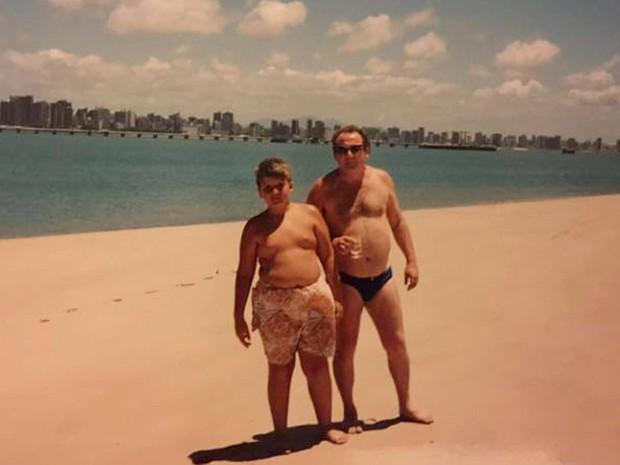 O médico Flávio Cadegiani, de Brasília, na fase entre anorexia e bulimia, quando era criança (Foto: Flávio Cadegiani/Arquivo pessoal)