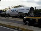 PRF multa caminhoneiro levando parte de avião boeing no Ceará; vídeo