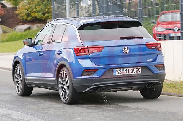 Volkswagen T-Roc R em testes na pista de Nurbugring (Foto: Automedia)