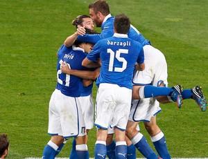 comemoração Itália - Itália X Irlanda (Foto: Agência Reuters)