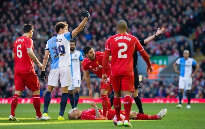 Liverpool x Blackburn - Martin Skrte caído (Foto: Reuters)