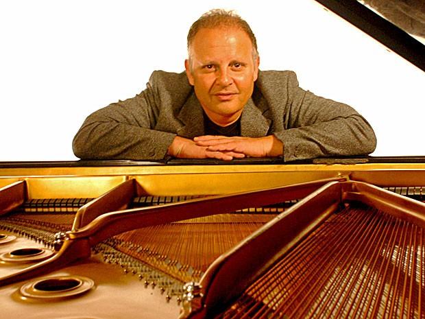 Guilherme Arantes é o autor de 'Cheia de Charme', música que Fabian adora cantar (Foto: Arquivo Pessoal)
