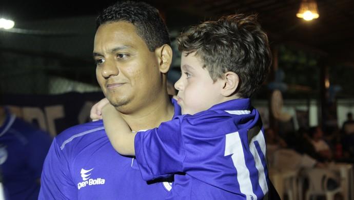 Júlio, torcida do Confiança, Confiança (Foto: Osmar Rios / GloboEsporte.com)