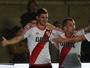 Com gol de Alario, River bate Arsenal  e vai às quartas da Copa Argentina