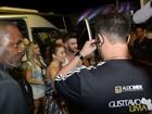 Andressa Suita acompanha Gusttavo Lima em show em Goiânia