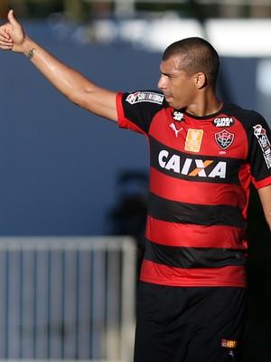 Neto Baiano; Vitória (Foto: Felipe Oliveira/Divulgação/EC Vitória)