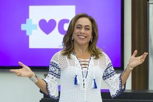 Cissa Guimarães no comando do 'Mais Você' (Foto: Artur Meninea/Gshow)