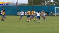 Tite acompanha treino do Grêmio