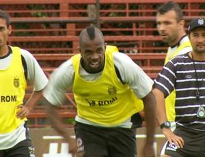 Tadeu, atacante do União Barbarense (Foto: Carlos Velardi / EPTV)