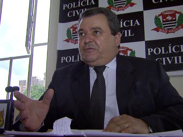 Delegado diz que pedirá conversão da prisão temporária do suspeito em preventiva (Foto: Carlos Trinca/EPTV)