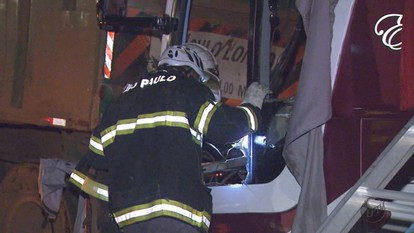 Acidente entre ônibus e carreta deixa mortos e feridos em Mogi Guaçu, SP