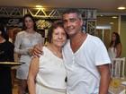 Romário reúne amigos e familiares em condomínio no Rio