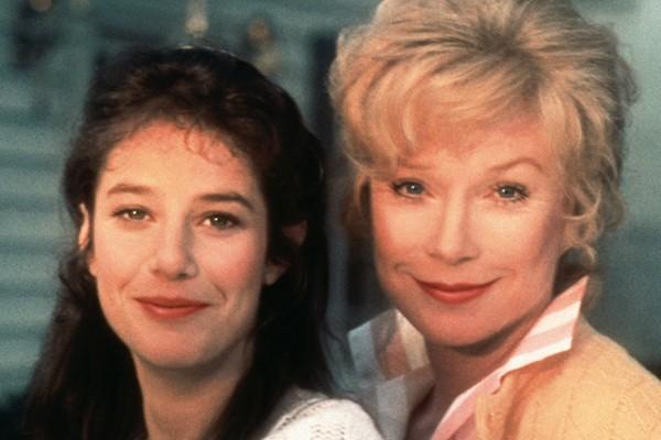 Debra Winger e Shirley MacLaine em 'Laços de Ternura' (1983) (Foto: Reprodução)