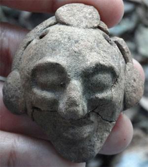 Ornamento encontrado perto de Chichén Itzá (Foto: Inah/Divulgação)