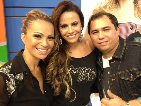 Solange Almeida, Viviane Araújo e Xand em programa de televisão (Foto: Divulgação)