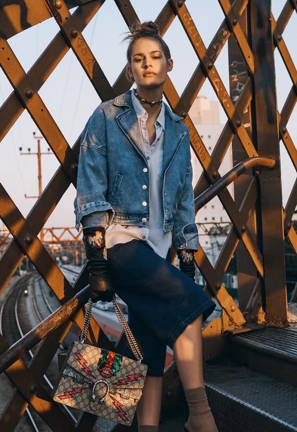 "O novo ""terno"" all jeans pro trabalho (Foto: Eduardo Bravin)"