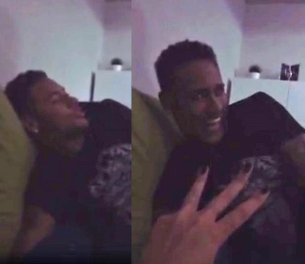 Bruna Marquezine tenta tirar Neymar da preguiça (Foto: Reprodução/Instagram)