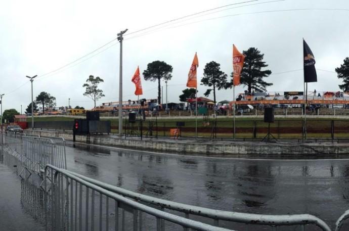 chuva em Tarumã (Foto: Reprodução/Facebook)