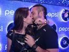 O amor está no ar! Famosos beijam muito no terceiro dia de Rock in Rio