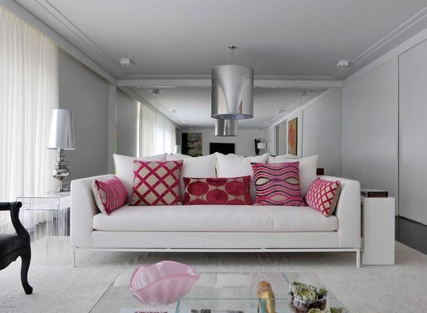 9-decoração-sala-pequena-dicas-para-aumentar-o-espaço (Foto: Marcelo Magnani/Editora Globo)