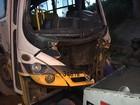 Ônibus despenca de viaduto perto da estrada da Base Naval