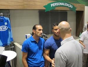 Barcos loja Palmeiras (Foto: Gustavo Serbonchini)