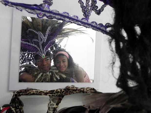 Filha acompanha os trabalhos artísticos do pai e também gosta de música, teatro e cinema (Foto: Amanda Monteiro/ G1 ES)