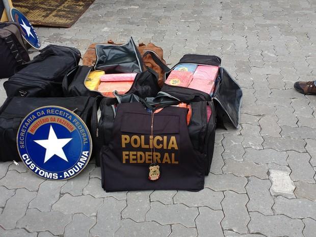 PF e Receita Federal apreendem 174kg de cocaína em Santos (Foto: Divulgação/Receita Federal)