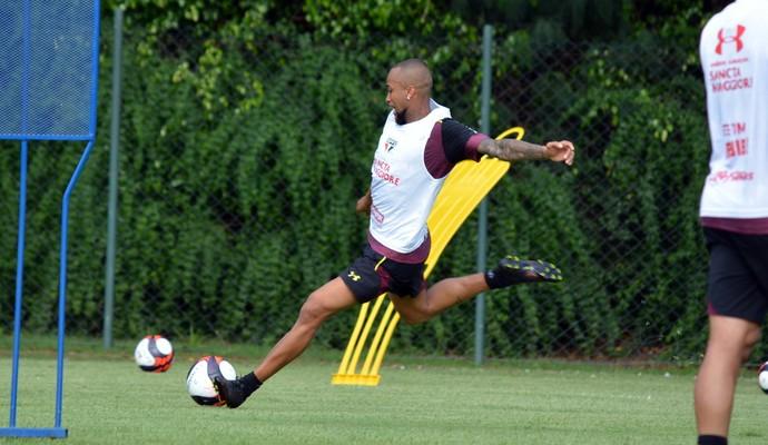 b0c7e34672b3d Wesley dribla erro nos EUA e vibra por ter Ceni como técnico no São ...