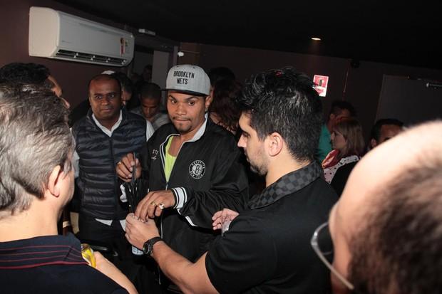 Naldo e Moranguinho no show de Zezé Di Camargo e Luciano (Foto:  Orlando Oliveira/ Ag. News)