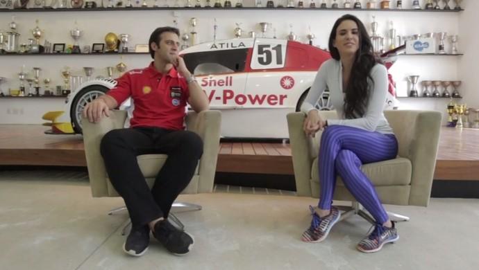 Analu e Átila Abreu piloto da Stock Car Brasil (Foto: Reprodução)