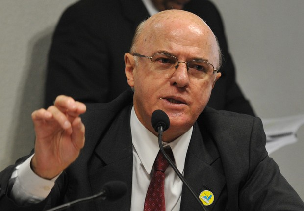 Almirante da Eletronuclear pediu propina para 'projetos futuros', diz delator