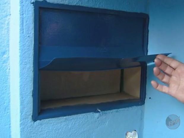 Caixa de correio em Campinas (Foto: Reprodução/ EPTV)
