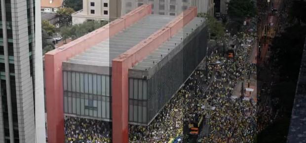 Timelapse mostra 10 horas de protesto na Avenida Paulista (Foto: Rogério Cassimiro/ Época)