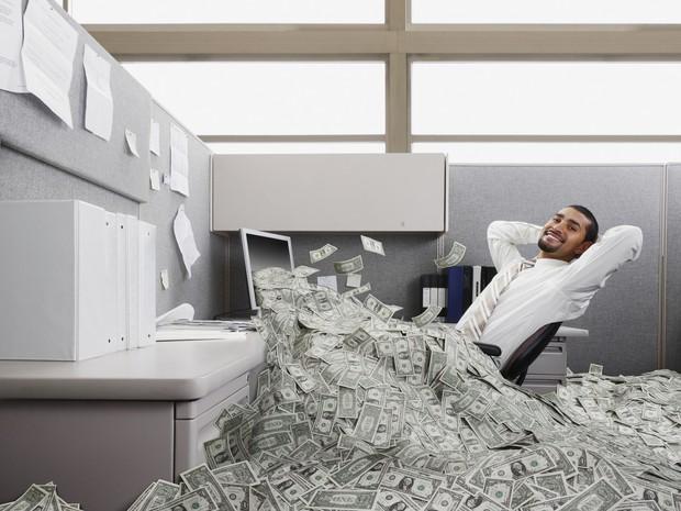 Milionário ; ricos ; como ficar rico ; sucesso ; como se dar bem na vida ; subir na vida ; riqueza ; dinheiro ;  (Foto: Thinkstock)