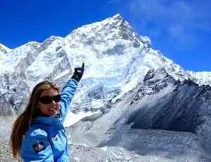 Karina Oliani cume Everest (Foto: Reprodução internet)