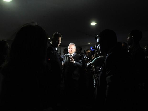 O presidente do Senado, Renan Calheiros (PMDB-AL), concede entrevista coletiva no Salão Azul (Foto: Jane de Araújo / Agência Senado)
