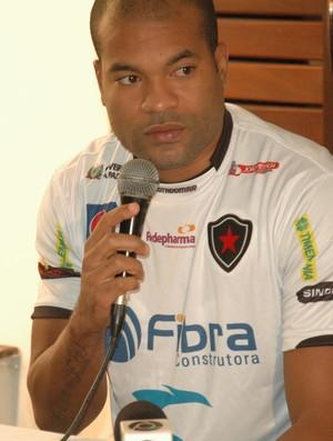 Lenilson, Botafogo-PB, Paraíba (Foto: Larissa Keren / globoesporte.com/pb)