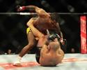 Johnny Eduardo nocauteia Manny Gamburyan, que se aposenta no UFC