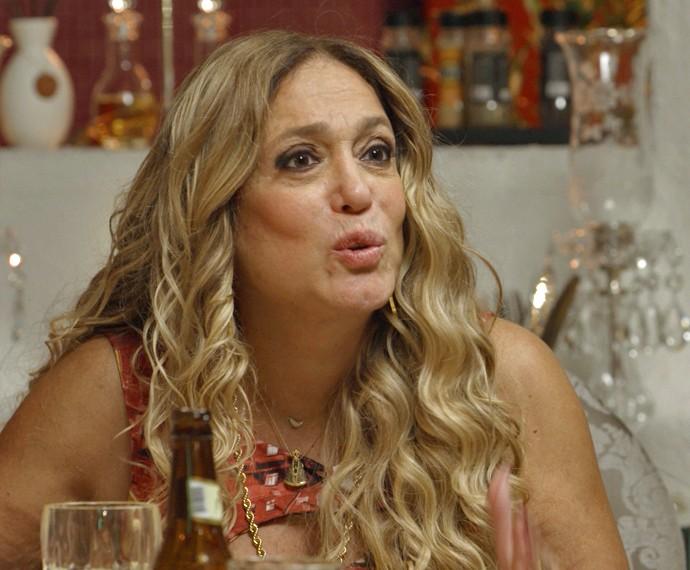 Adisabeba manda a real para Merlô e diz que queria que o filho fosse gay (Foto: TV Globo)