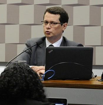 Wladimyr Camargos foi o relator do anteprojeto da Lei Geral do Desporto (Foto: Edilson Rodrigues / Agência Senado)