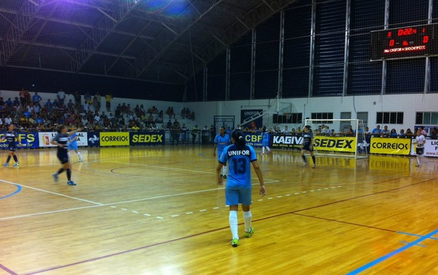 UnoChapecó vence Unifor de virada e larga na frente na decisão do Futsal (Foto: João Marcelo Sena)