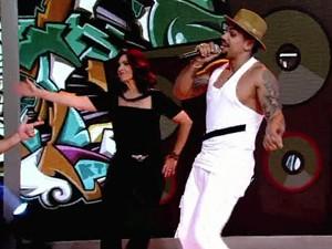 Fátima dança com Naldo Benny (Foto: TV Globo)
