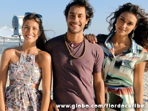 O trio posa com exclusividade para o site (Foto: Flor do Caribe / TV Globo)