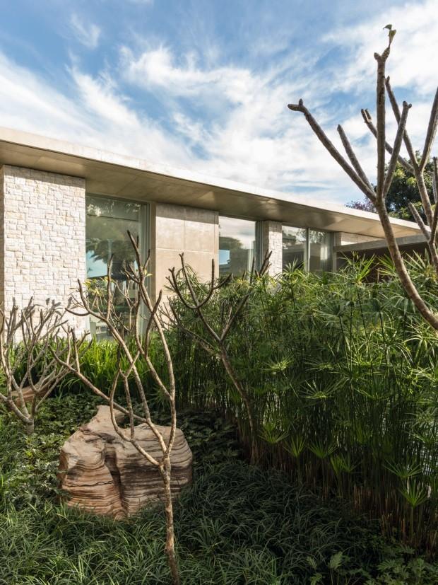 Casa no interior de São Paulo é aberta à natureza (Foto: Fran Parente)