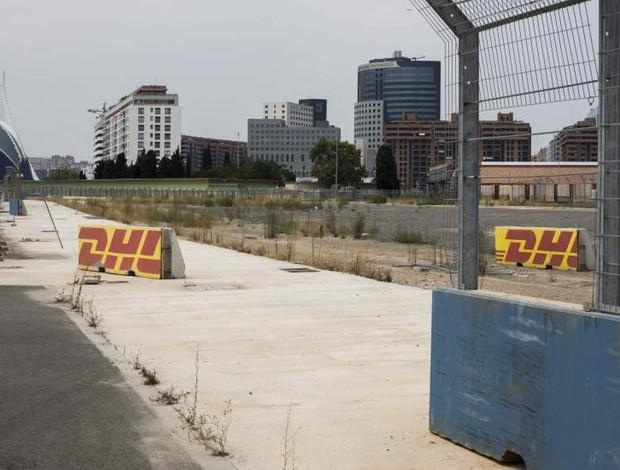 Circuito de Valência, que recebeu cinco GPs de Fórmula 1, estáa abandonado (Foto: Reprodução)