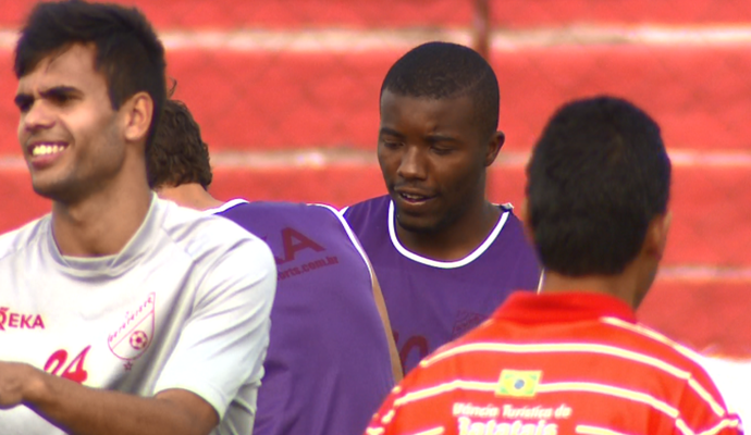 Fernando, zagueiro do Batatais (Foto: Ronaldo Oliveira / EPTV)