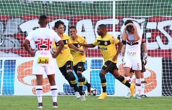 Bernô quer repetir atuações contra grandes para surpreender o Palmeiras