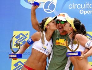 vôlei de praia Ágatha e Bárbara Seixas Brasília (Foto: Helena Rebello)